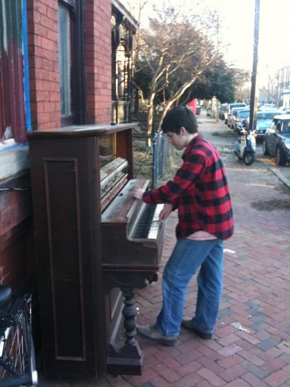 Nothing like a little sidewalk piano.